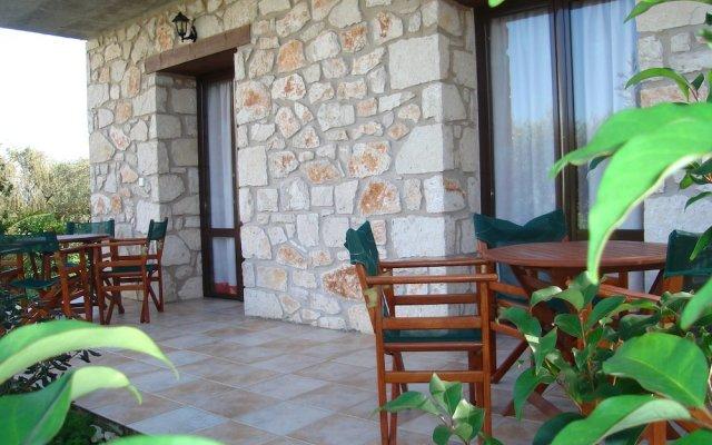 Отель Valentino Villas and Apartments Греция, Закинф - отзывы, цены и фото номеров - забронировать отель Valentino Villas and Apartments онлайн вид на фасад