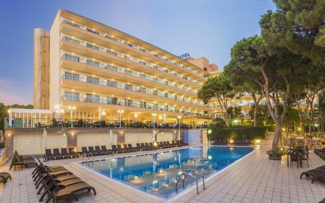 Отель Las Vegas Испания, Салоу - 4 отзыва об отеле, цены и фото номеров - забронировать отель Las Vegas онлайн вид на фасад