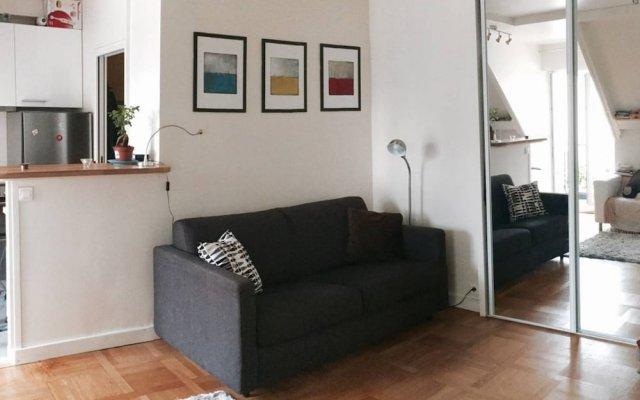 Апартаменты Studio With View in Latin Quarter комната для гостей