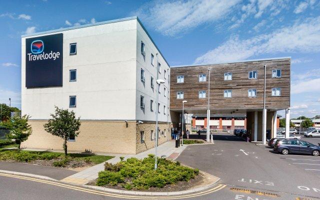 Отель Travelodge Sunbury M3 парковка