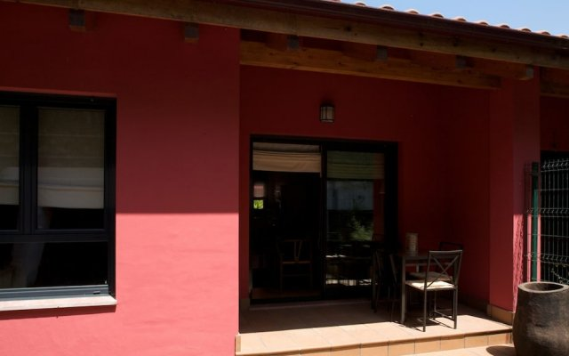 Отель La Estancia de Posada F - WiFi y Garaje вид на фасад
