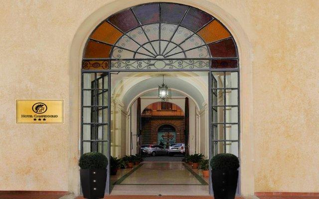 Hotel Campidoglio вид на фасад