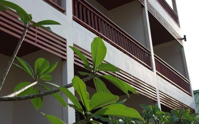 Отель Kata Noi Resort вид на фасад