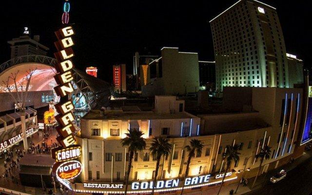 Отель Golden Gate Casino Hotel США, Лас-Вегас - 2 отзыва об отеле, цены и фото номеров - забронировать отель Golden Gate Casino Hotel онлайн вид на фасад