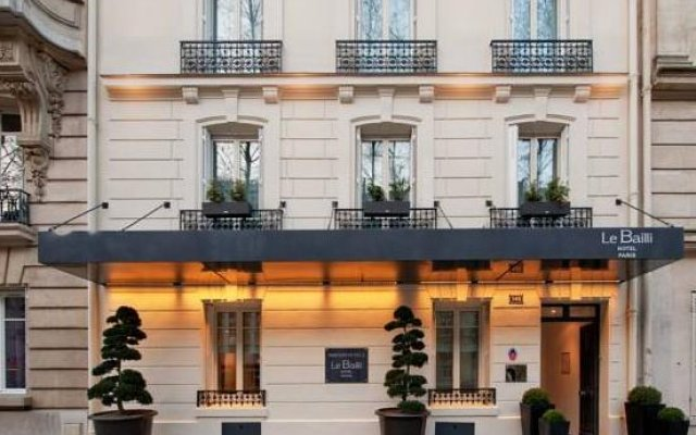 Hotel Bailli de Suffren - Tour Eiffel вид на фасад
