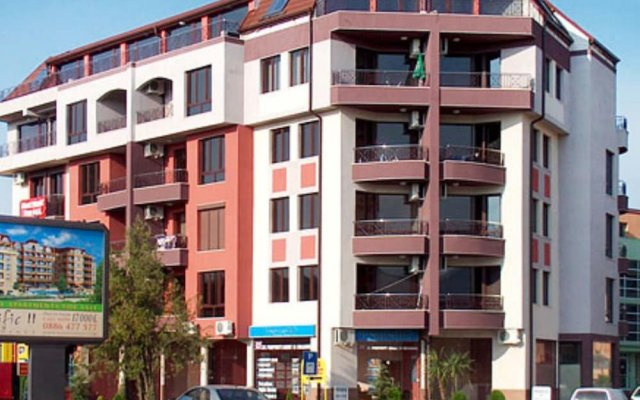 Отель Apartament Boyana Palace вид на фасад