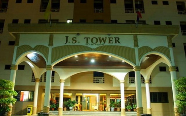 Апартаменты J S Tower Service Apartment Бангкок вид на фасад