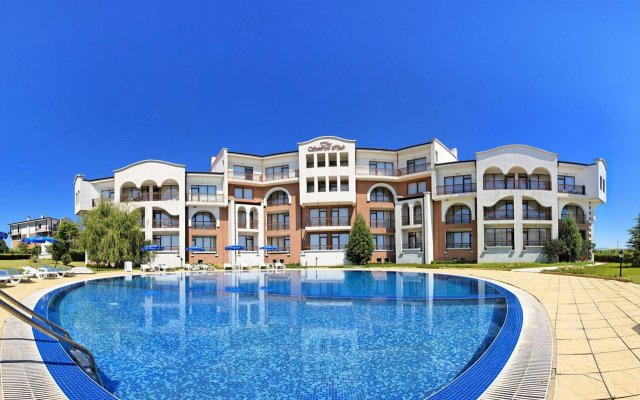 Отель Sunrise Club Apart Hotel Болгария, Равда - отзывы, цены и фото номеров - забронировать отель Sunrise Club Apart Hotel онлайн вид на фасад