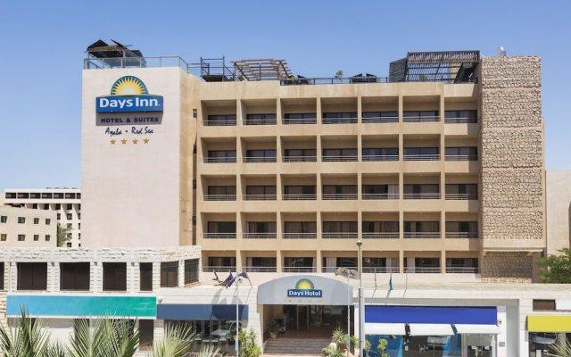 Days Hotel Aqaba вид на фасад