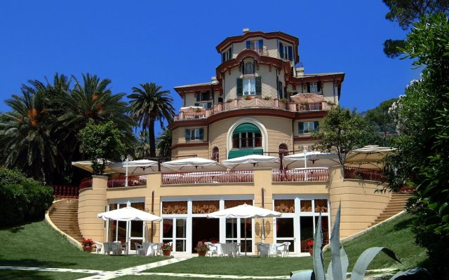 Отель Romantik Hotel Villa Pagoda Италия, Генуя - отзывы, цены и фото номеров - забронировать отель Romantik Hotel Villa Pagoda онлайн вид на фасад