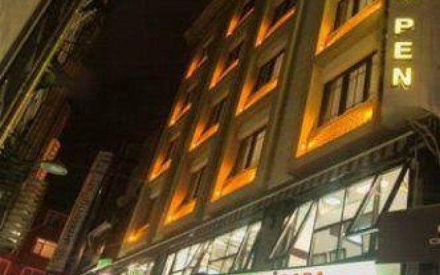 Golden Pen Hotel вид на фасад
