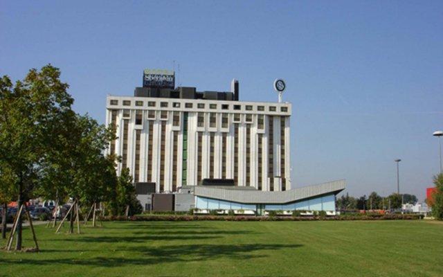 Отель Four Points By Sheraton Padova Падуя вид на фасад