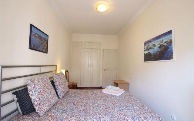 Отель 02 Nice Flat by Quinta das Conchas комната для гостей