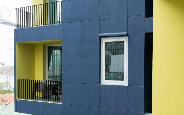 Lit Hotel And Residence Бангкок вид на фасад