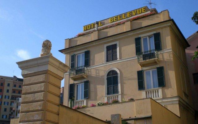 Hotel Bellevue вид на фасад
