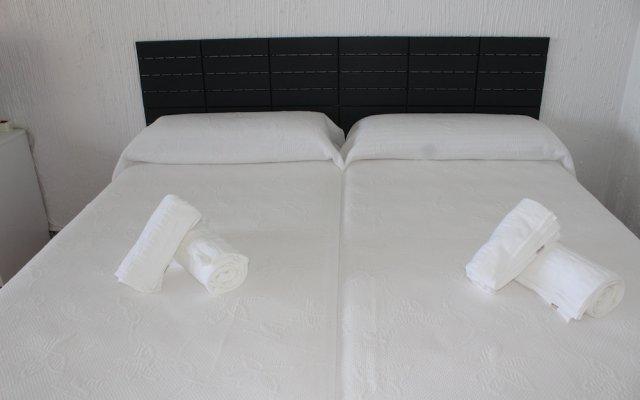 Отель Top2stay LA Colina Торремолинос комната для гостей