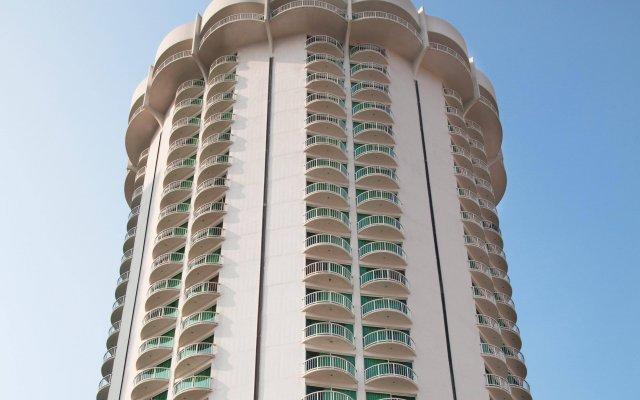 Отель Calinda Beach Acapulco вид на фасад