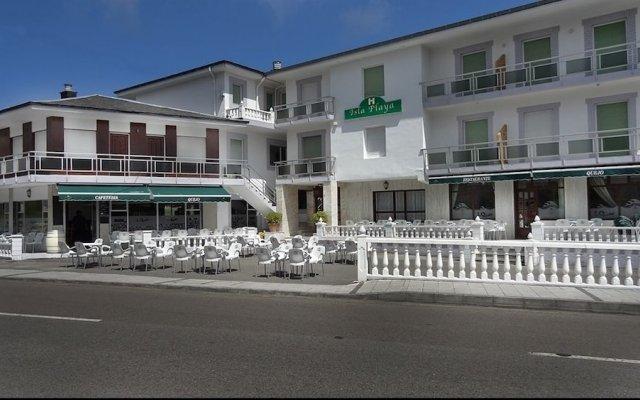 Отель Hostal Isla Playa Испания, Арнуэро - отзывы, цены и фото номеров - забронировать отель Hostal Isla Playa онлайн вид на фасад