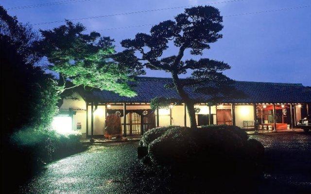 Отель Nisshokan Bettei Koyotei Нагасаки вид на фасад