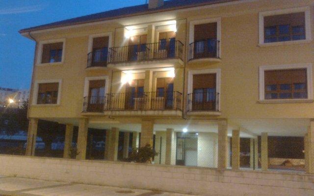 Отель Apartamentos Costa Costa вид на фасад