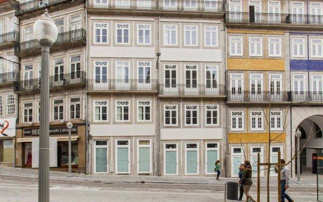 Отель bnapartments LoftPuzzle вид на фасад