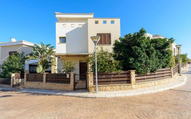 Отель Constantine Villa Кипр, Протарас - отзывы, цены и фото номеров - забронировать отель Constantine Villa онлайн вид на фасад
