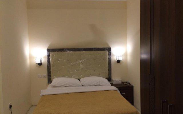 Отель Hamilton Hotel Apartments ОАЭ, Аджман - отзывы, цены и фото номеров - забронировать отель Hamilton Hotel Apartments онлайн комната для гостей