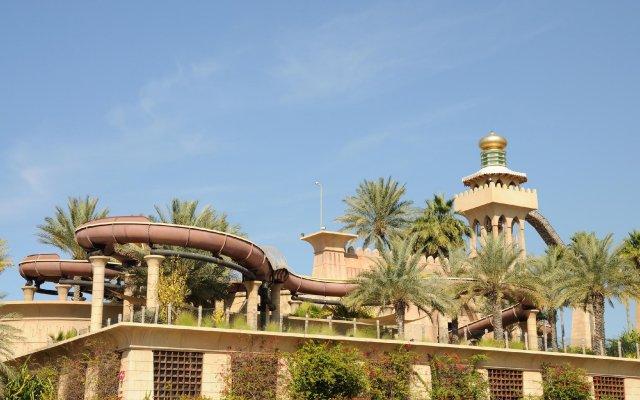 Отель The Palace at One&Only Royal Mirage вид на фасад