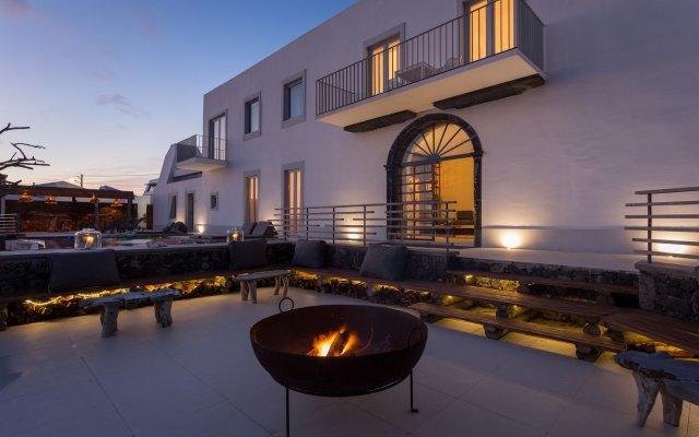 Отель White Exclusive Suite & Villas вид на фасад