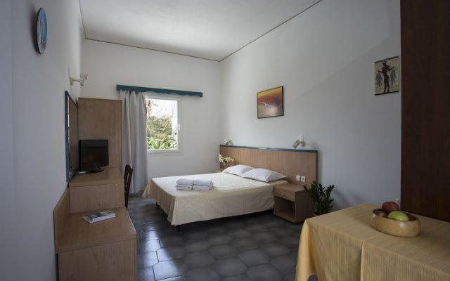 Отель Romani Studios Perissa Греция, Остров Санторини - отзывы, цены и фото номеров - забронировать отель Romani Studios Perissa онлайн комната для гостей