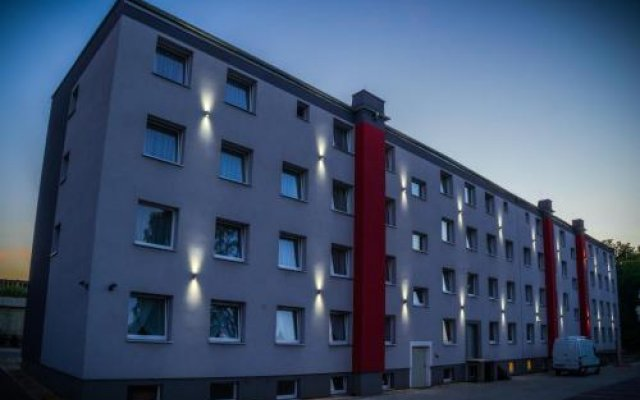 Отель Kompleks Hotelarski Zgoda вид на фасад