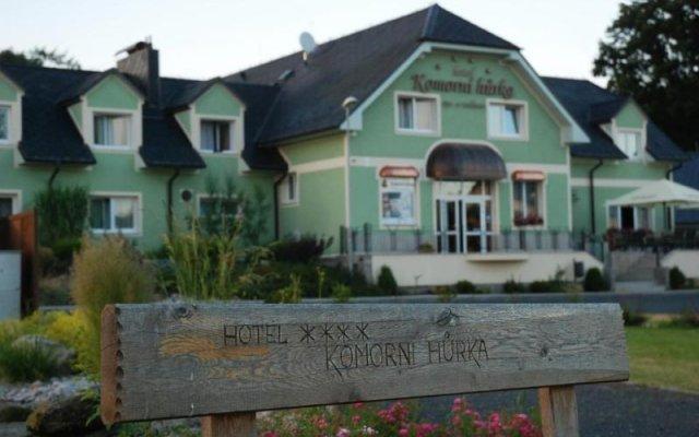 Отель Komorni Hurka Чехия, Хеб - отзывы, цены и фото номеров - забронировать отель Komorni Hurka онлайн вид на фасад