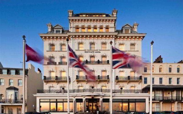 Mercure Brighton Seafront Hotel вид на фасад