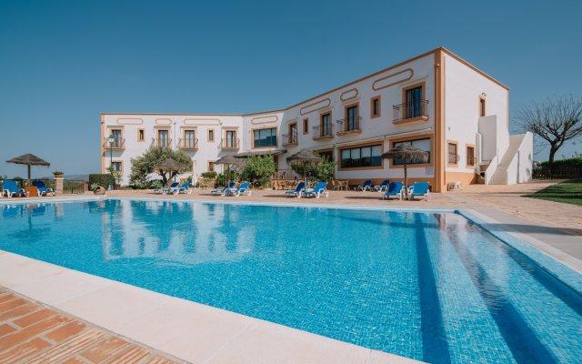 Отель Quinta Dos Poetas Hotel Португалия, Пешао - отзывы, цены и фото номеров - забронировать отель Quinta Dos Poetas Hotel онлайн вид на фасад