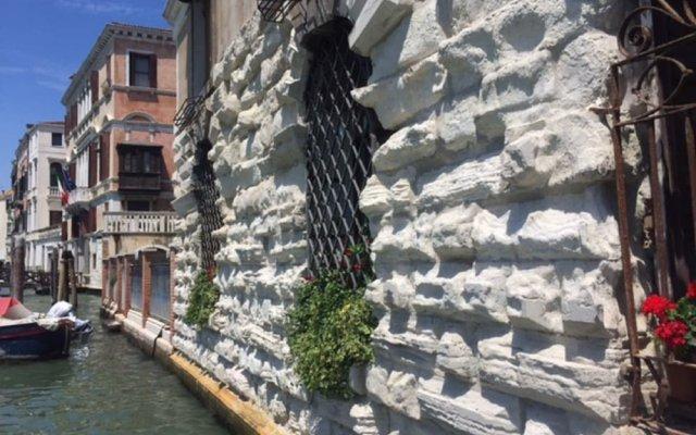 Отель Grand Canal Rialto Palace Lift Италия, Венеция - отзывы, цены и фото номеров - забронировать отель Grand Canal Rialto Palace Lift онлайн вид на фасад