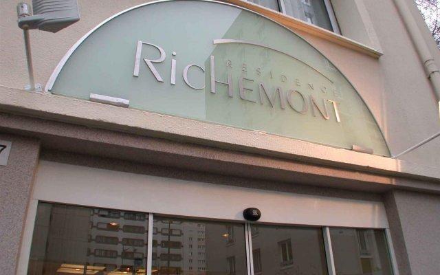 Отель Hôtel Le Richemont вид на фасад