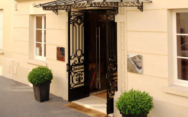 Отель Le Marquis Eiffel вид на фасад