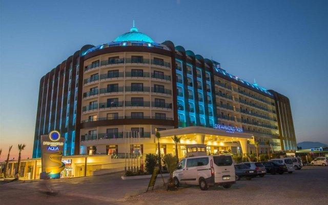 Отель Dream World Aqua вид на фасад