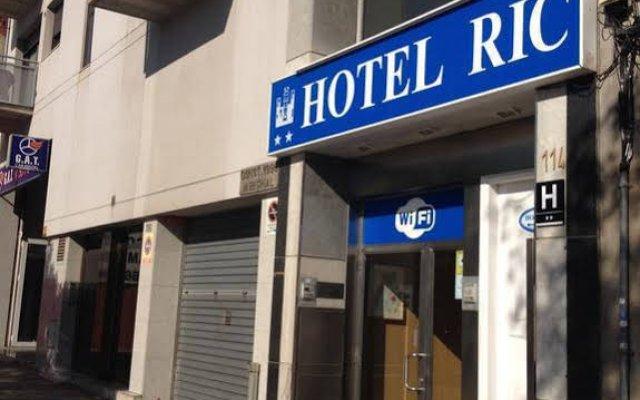 Hotel Ric вид на фасад