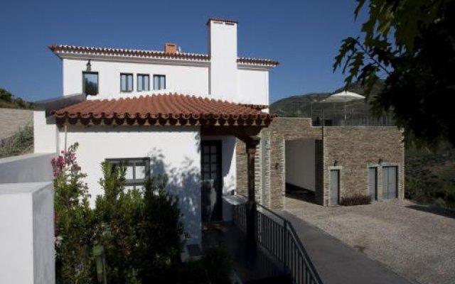Отель Quinta Da Marka Саброза вид на фасад