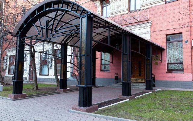 Гостиница Максима Заря вид на фасад