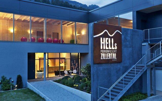 Отель Hells Ferienresort Zillertal Австрия, Фюген - отзывы, цены и фото номеров - забронировать отель Hells Ferienresort Zillertal онлайн вид на фасад