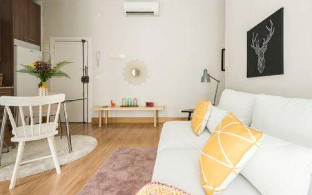 Отель Chic Rentals Gran Via Испания, Мадрид - отзывы, цены и фото номеров - забронировать отель Chic Rentals Gran Via онлайн комната для гостей