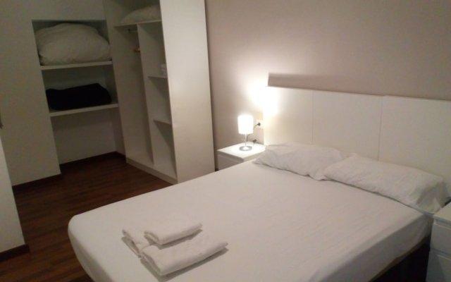 Отель Up Town 25 Валенсия комната для гостей
