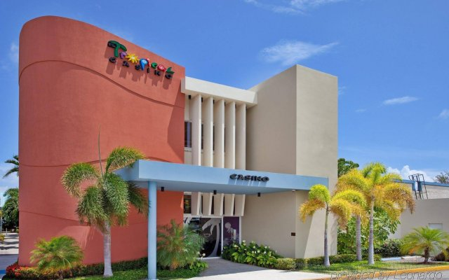 Holiday Inn Ponce & El Tropical Casino