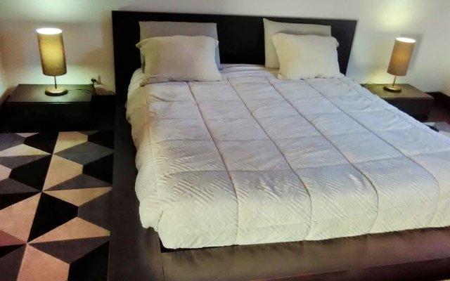 Отель Santo Antonio Room Португалия, Понта-Делгада - отзывы, цены и фото номеров - забронировать отель Santo Antonio Room онлайн комната для гостей