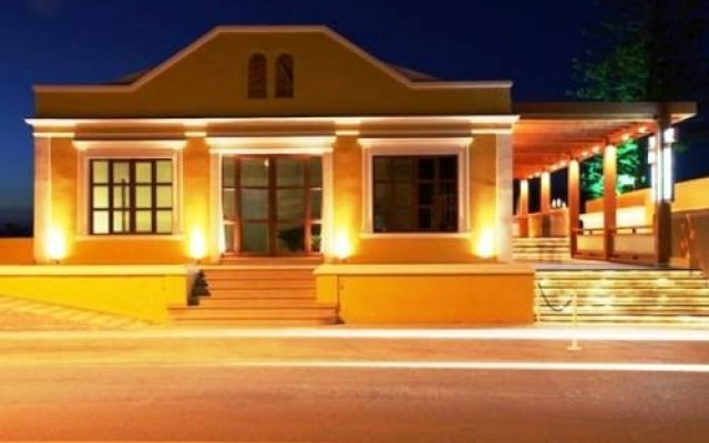 Отель Villa Di Mare Seaside Suites вид на фасад