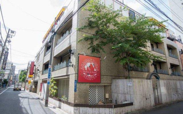 Отель Khaosan World Asakusa Ryokan Токио вид на фасад