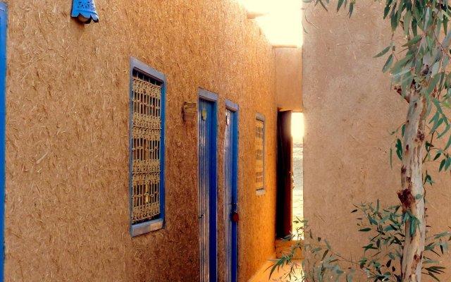 Отель Гостевой дом La Vallée des Dunes Марокко, Мерзуга - отзывы, цены и фото номеров - забронировать отель Гостевой дом La Vallée des Dunes онлайн вид на фасад