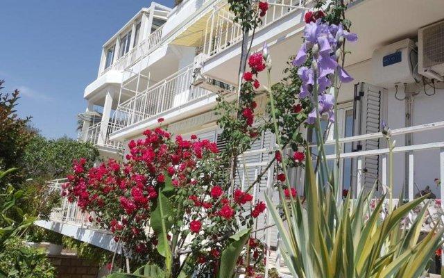 Апартаменты Sun Rose Apartments вид на фасад